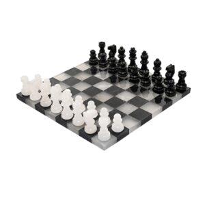 Alabástrom sakk.