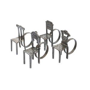 Különböző székeket formázó szalvétagyűrű és ültetőkártyatartó. Kíváló ajándék egy nagy vendégségben vagy esküvőn a vendégeknek, akik a buli után hazavihetik a saját kis széküket.