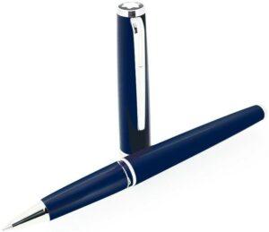 Montblanc márkájú kék színű pix rollerball.