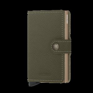 Secrid Miniwallet Saffiano Olive lágy tapintású, sima felületű marhabőrből.